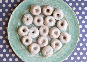 The best gluten free doughnut recipe!