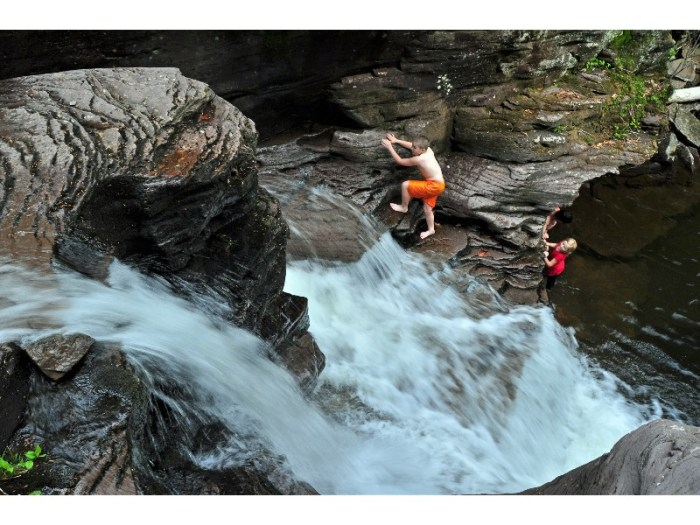 25 Family Vacations for Active Kids (Ricketts Glen PA)