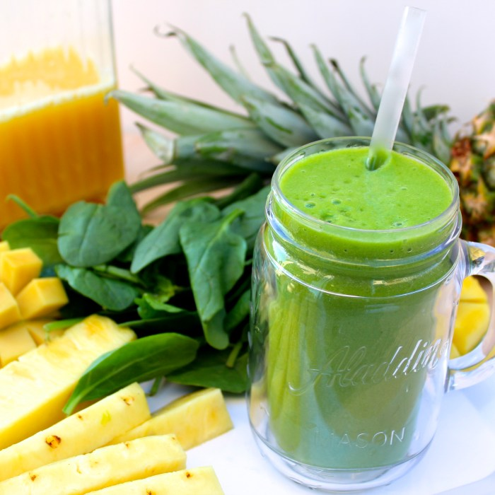 Sunshine Smoothie to kick off your Day!
