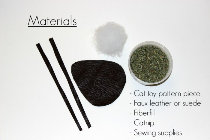 Materials needed to make a cat toy mouse