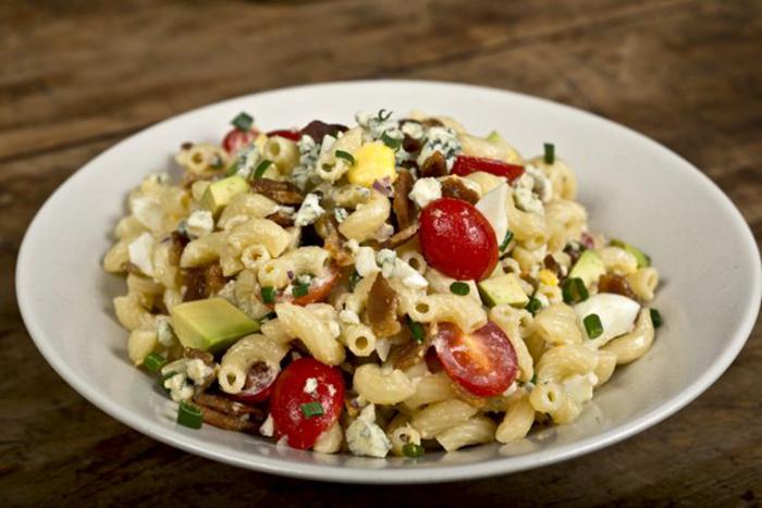Macaroni cobb salad