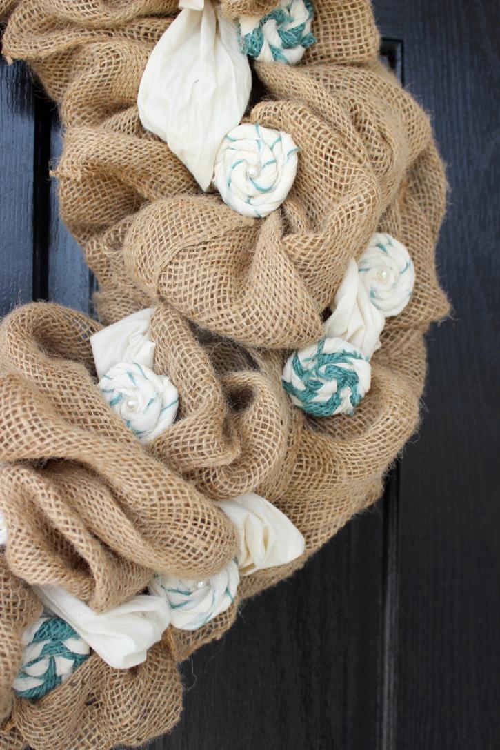 Gorgeous burlap wreath tutorial