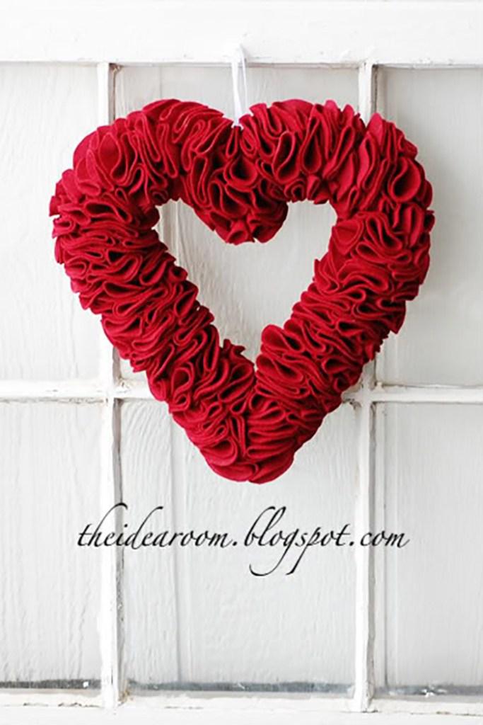 Felt Heart Wreath Tutorial