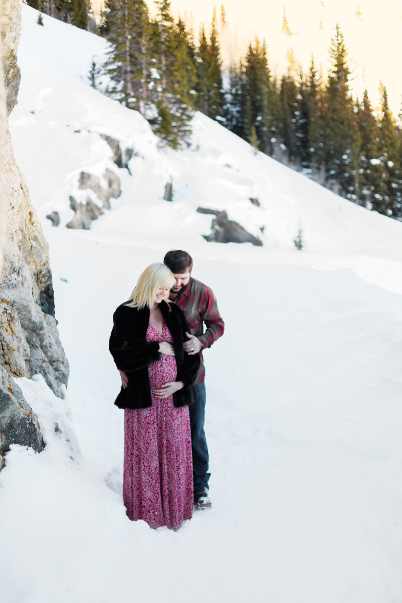 Lara Maternity Photography Breckenridge Colorado