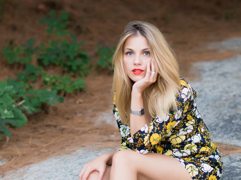 Andreea Ibacka - rochie mini flori 09