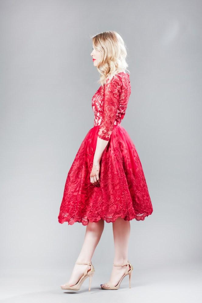 Andreea Ibacka, giveaway rochie rosie dantela 02
