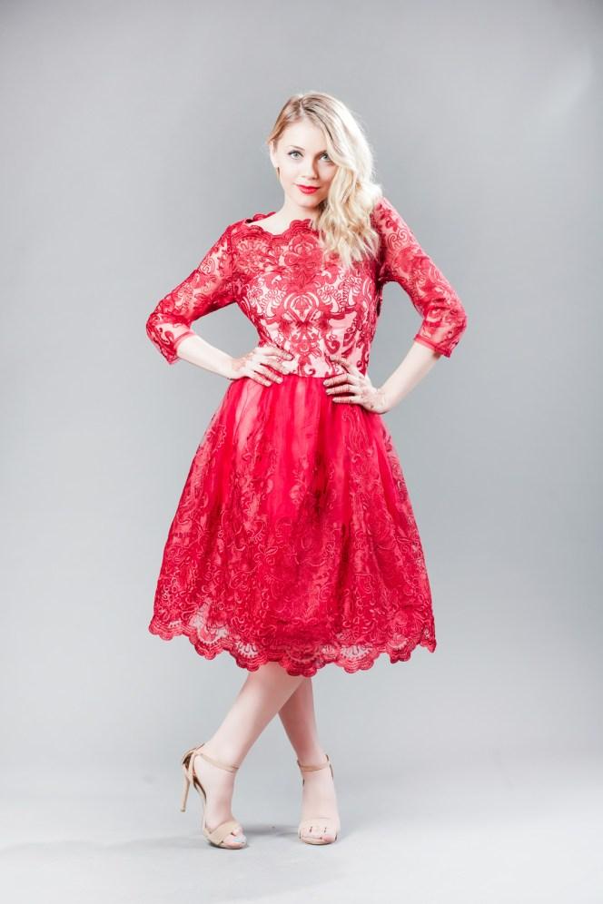 Andreea Ibacka, giveaway rochie rosie dantela 03