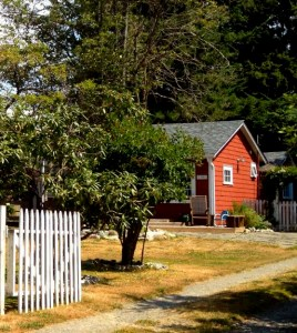 A cottage in the city of Seattle - great investment property!
