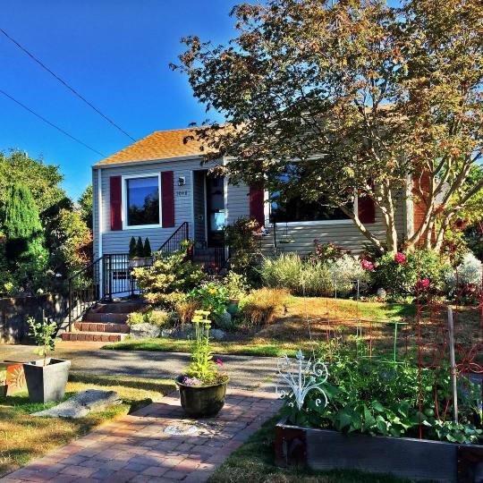 Ballard Cottage Garden