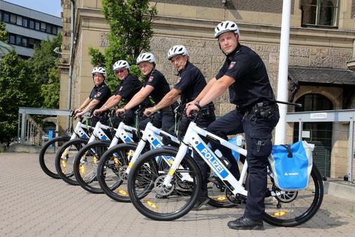 Photo of Cînd te oprește un polițist pe bicicletă…