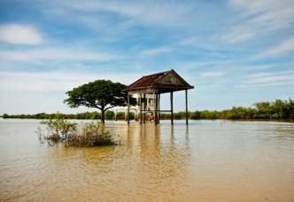 Tonle Sap - the lake village