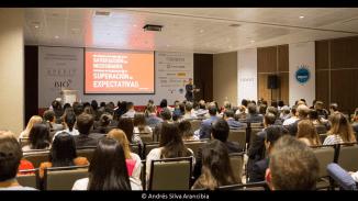 andres-silva-arancibia-marketing-digital-estrategia-transformación-seminarios-charlas-conferencias-talleres-eventos-congresos-experto-speaker-autor-lima-cx-summit-2