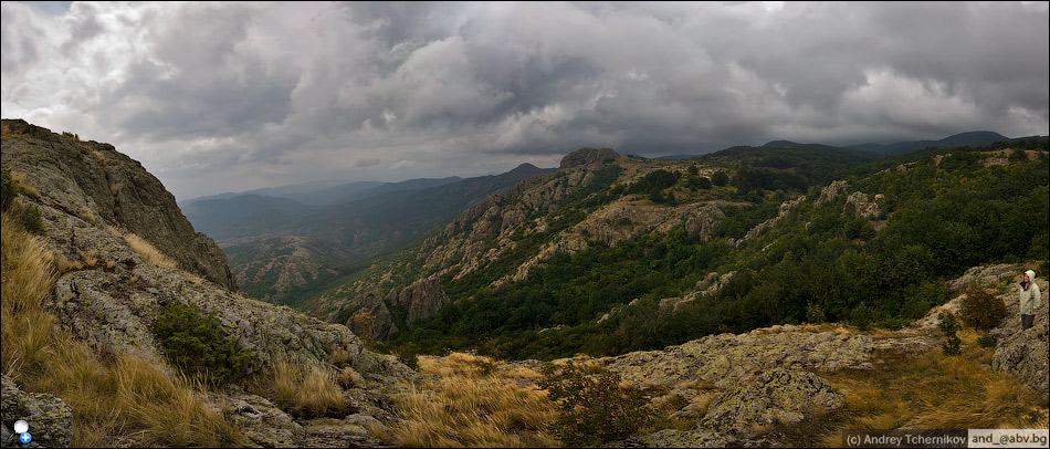 Bulgaria. Sinite kamani. Panorama.