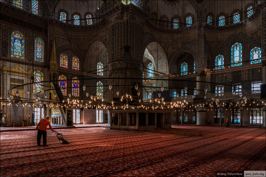 Turkey. Istanbul. Sultan Ahmed Mosque 1