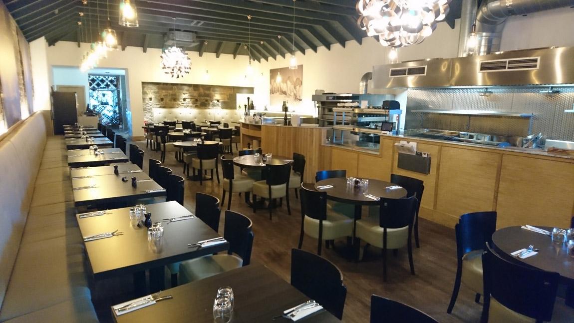 conversion of retail unit to award winning italian restaurant (3)