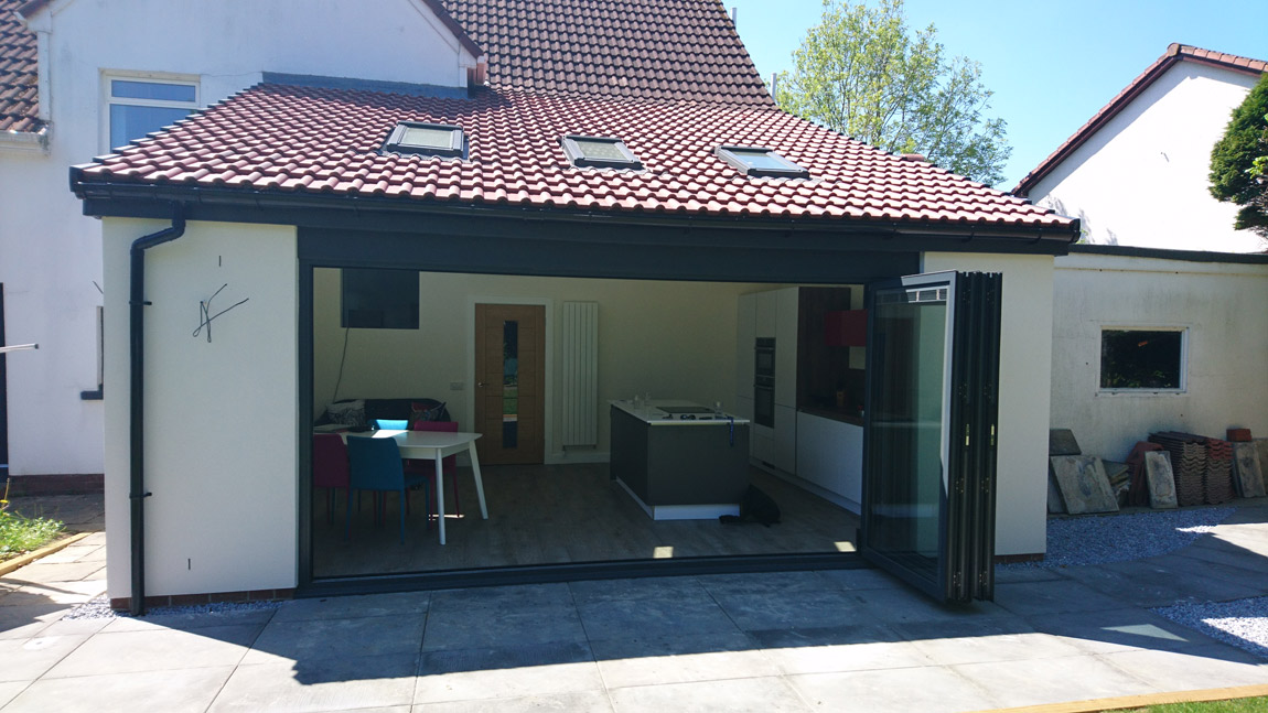 mono pitched extension with bi fold doors