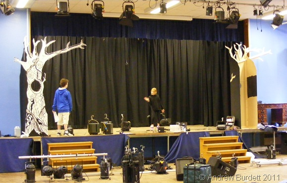 RIGGING_The lights ready to be lifted into position.