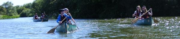 THE MAIDENHEAD ARMADA_Boats paddling towards the finish-line.