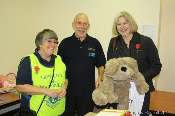 SURPRIZE_Theresa May MP wins a giant stuffed toy dog on the tombola!