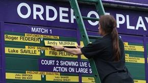 BIG BILLING: Andy Murray took on Federer in this final. (_61438416_015275514-1)