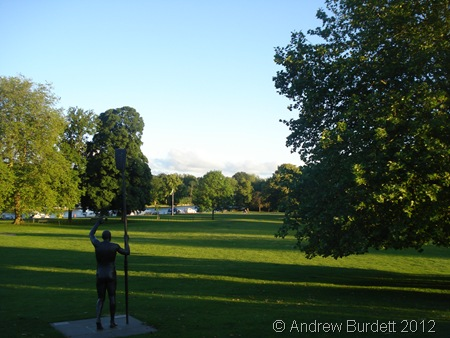 WONDERFUL NIGHT: The evening was really pleasant, and the venue - overlooking Higginson Park - superb. (DSC00008_ARB)