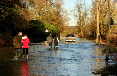 The road from Cookham Bridge to Bourne End: only the bravest travelled by car.