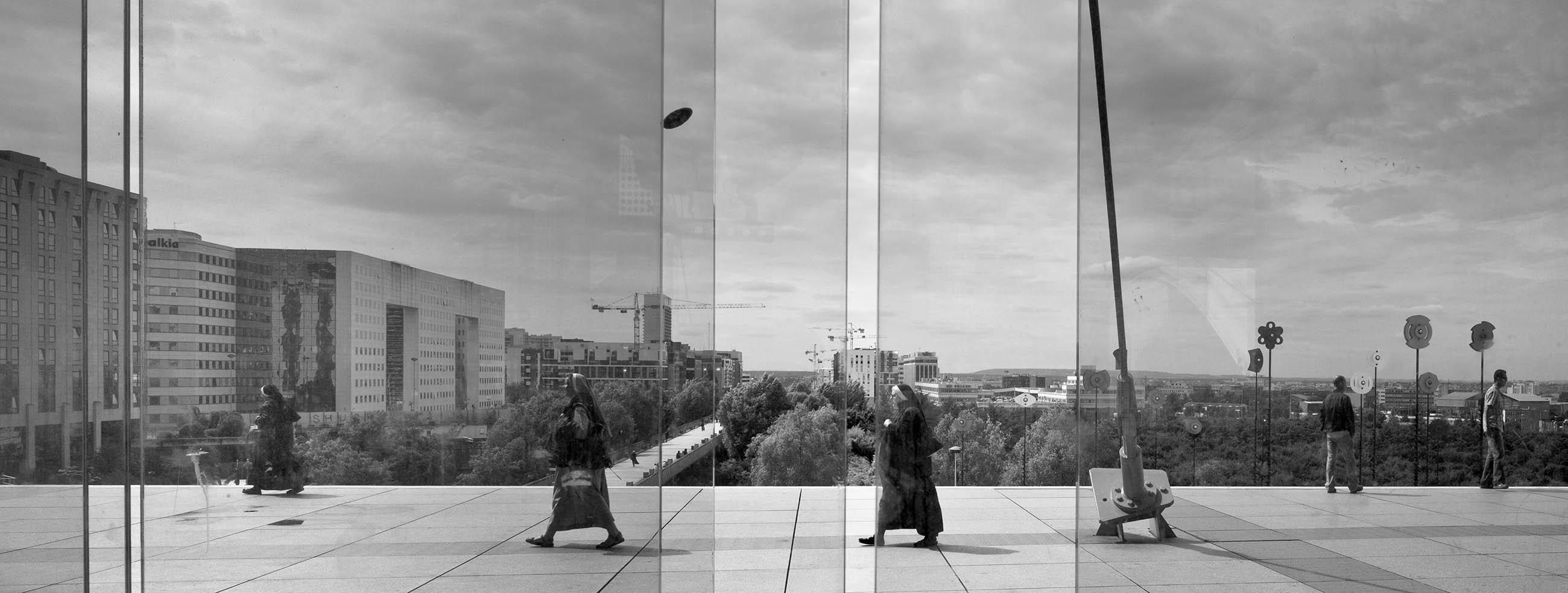 Architectural Photography, La Défense, Paris by Andrew Butler - Exeter, Devon