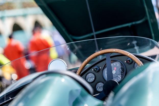 Racing Aston