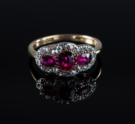 Product-Photographer-Ring
