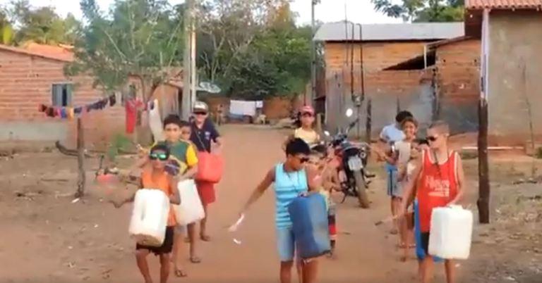 Best of Brazil: Improvised Drum Corps