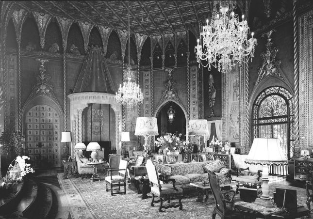 1200px-mar-a-lago_living_room_looking_southwest_1967