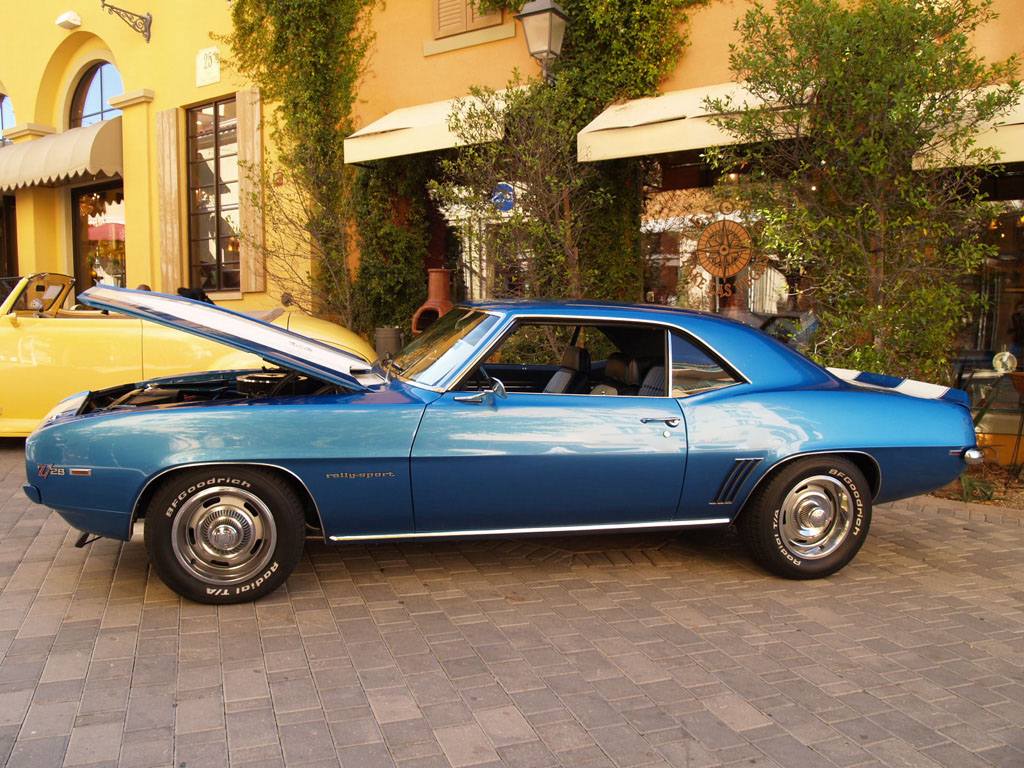 Classic Camaro at Lake Las Vegas Car Show 2011