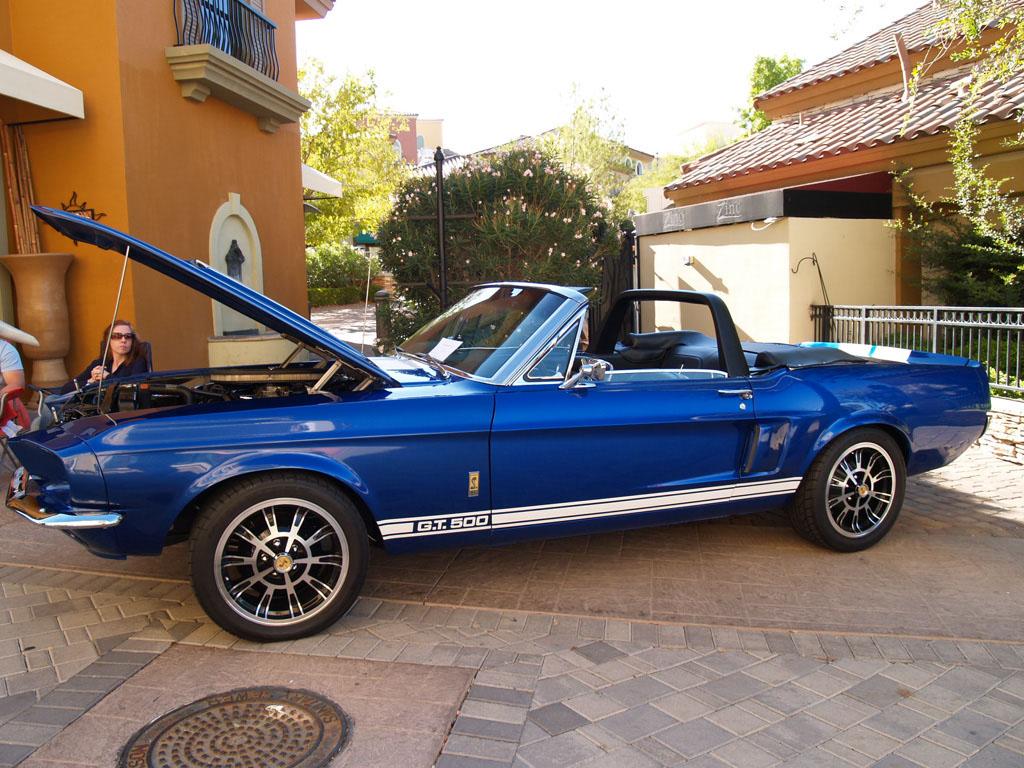 Classic 'Stang at Lake Las Vegas Car Show 2011
