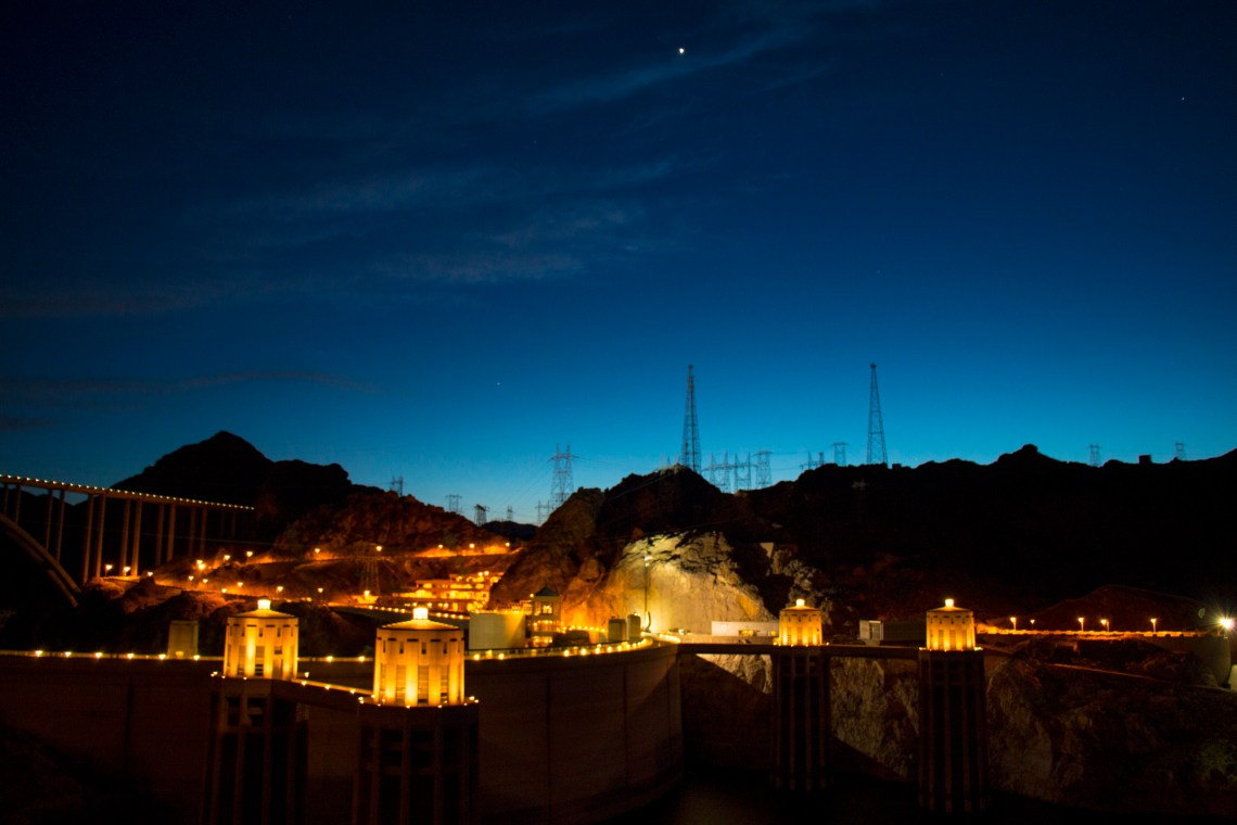 Hoover_Dam_Night_Photography
