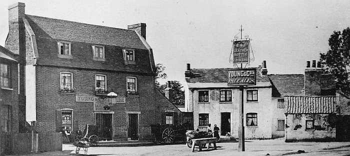 The Leather Bottle pub, Earlsfield, early c20