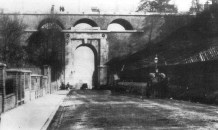 Bridge (1813) over the Archway Road, designed by John Nash. as seen before its replacement in 1897.