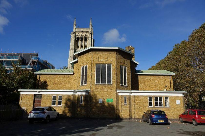 St Mary Newington, London. The east end looking towards Kennington Park Road, c.2018. [Source: ttps://londonchurchbuildings.com]