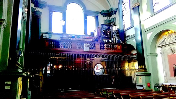 West gallery and pipe organ, church of Our Most Holy Redeemer & St Thomas More, Chelsea, London (UK)