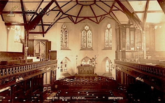 Queens Square Congregational Church Brighton (UK), post 1910, when - according to NPOR - the organ was moved to the chancel. [Source: roughwood.net/]