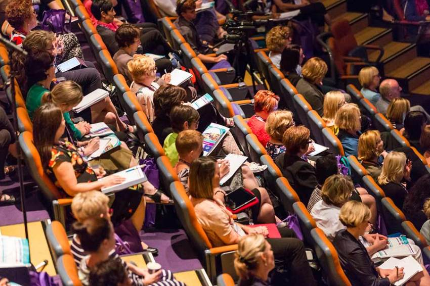 Image of delegates at CNSA Annual Annual Congress in Cairns