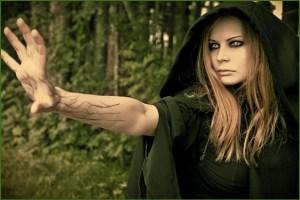 Злобная ведьма