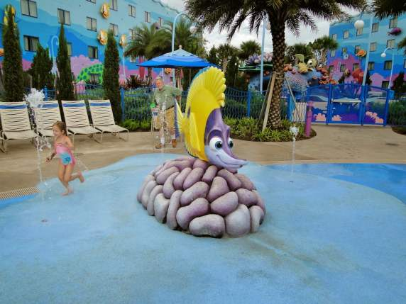 Art of Animation piscina nemo