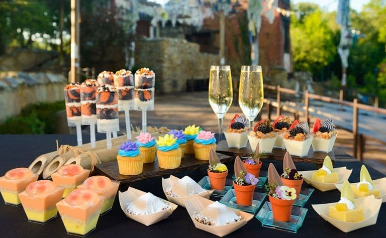 Novo buffet de sobremesas para o show Rivers of Light