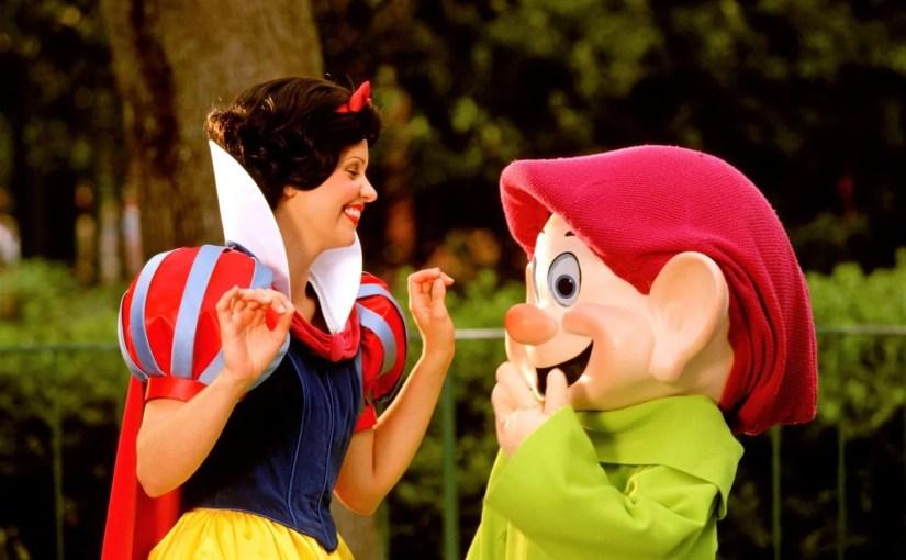 Nova refeição com Branca de Neve e Anões na Disney