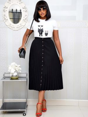 BLACK BOTTON DOWN PLEATED SKIRT