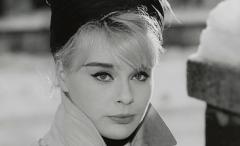 Ostrva (1963) - Verführung am Meer (1963) - Domaći film gledaj online