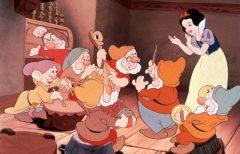 Snjeguljica i sedam patuljaka (1937) online besplatno sinhronizovani crtani za djecu!