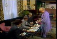 Caj u pet (1984) domaći film gledaj online