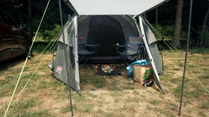 Лучшая палатка для двоих человек Coleman Coastline Plus (2)
