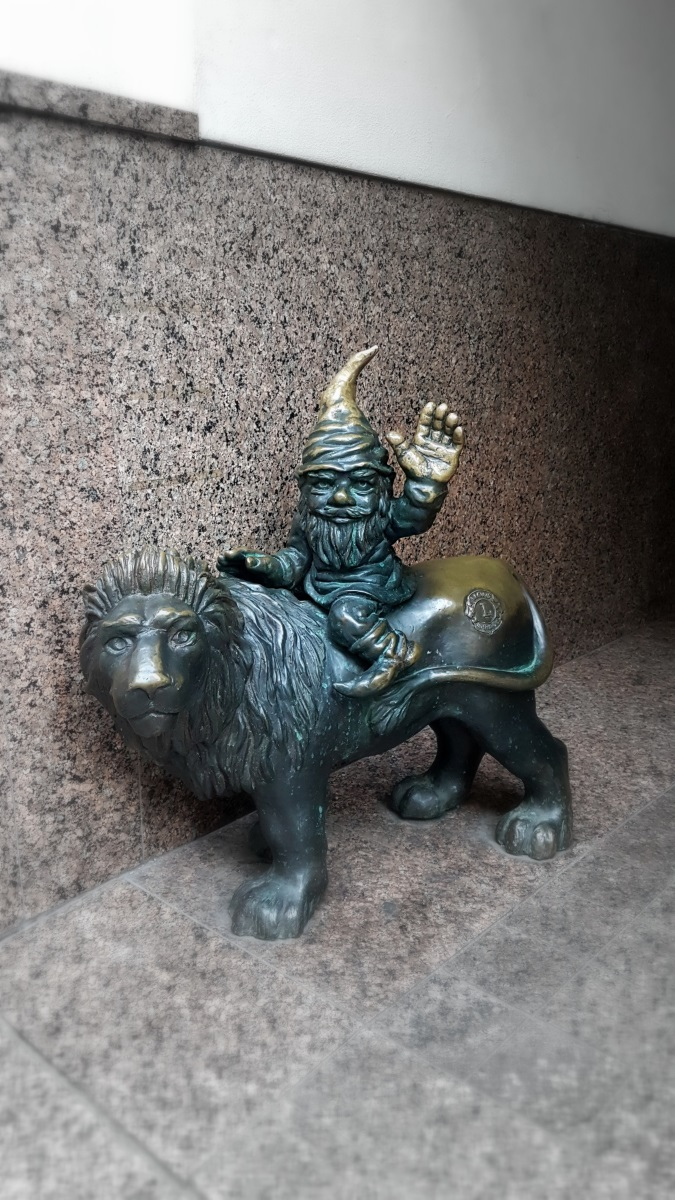 Gnomes in Wroclaw (5)